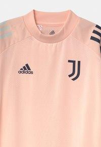 adidas Performance - JUVENTUS AEROREADY SPORTS FOOTBALL UNISEX - Triko spotiskem - pink/dark blue - 2