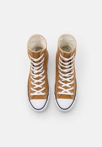 Converse - CHUCK TAYLOR ALL STAR LIFT - Zapatillas altas - dark soba/white/black - 6