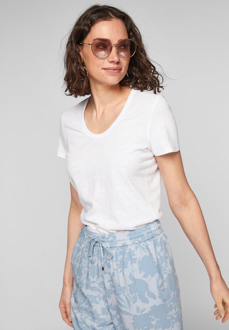 s.Oliver - Basic T-shirt - white