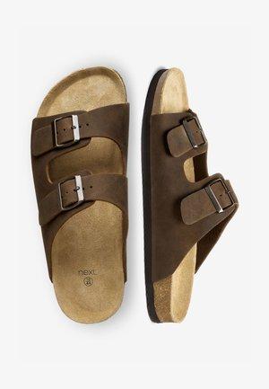 BROWN TWO BUCKLE SANDAL - Slippers - brown