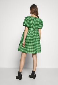 Topshop Maternity - GINGHAM MINI - Day dress - lime - 2
