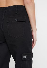 BDG Urban Outfitters - AUTHENTIC CARGO PANT - Cargo trousers - black - 5