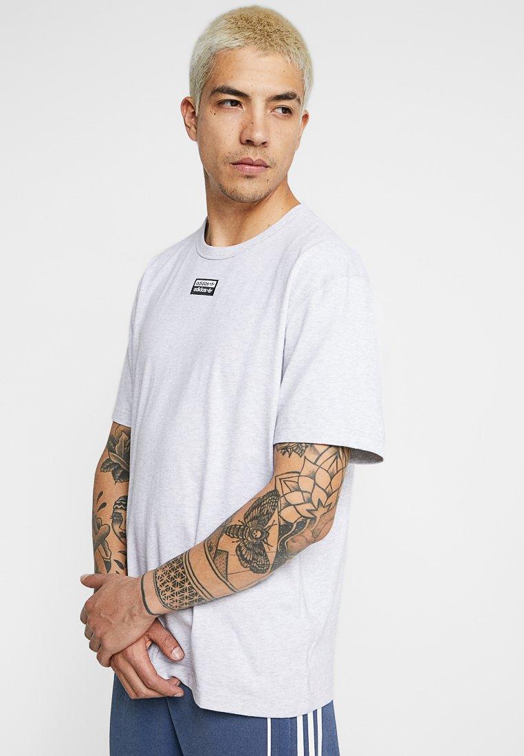 adidas Originals - REVEAL YOUR VOICE TEE - Camiseta básica - light grey heather