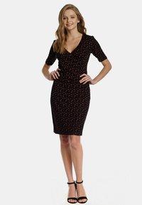 Vive Maria - Shirt dress - schwarz allover - 1