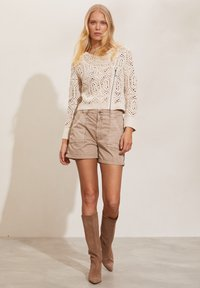 Odd Molly - HEATHER - Shorts - light taupe - 0