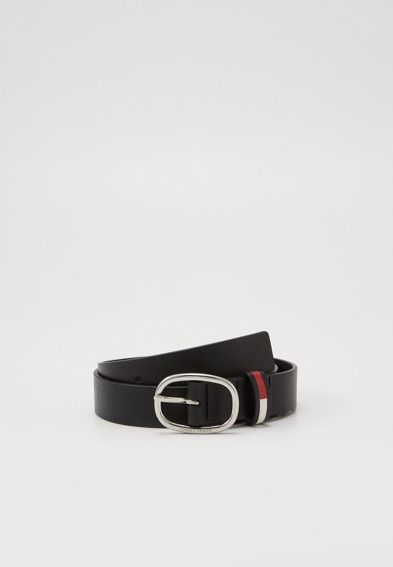 Tommy Jeans - OVAL FLAG INLAY BELT  - Cinturón - black