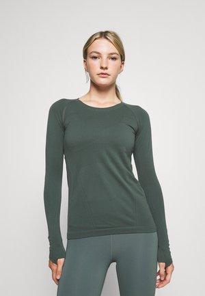 MOMENTUM - Long sleeved top - deep sea green