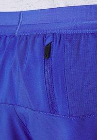 Nike Performance - FLEX STRIDE SHORT - Pantalón corto de deporte - astronomy blue/silver - 4