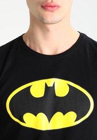 Mister Tee - BATMAN - Print T-shirt - black - 3