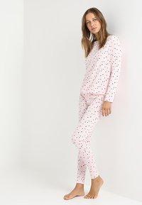 Even&Odd - SET - PYJAMA & EYEMASK - Pyžamová sada - pink - 1