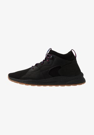 SH/FT MID OUTDRY - Obuwie hikingowe - black/cactus pink