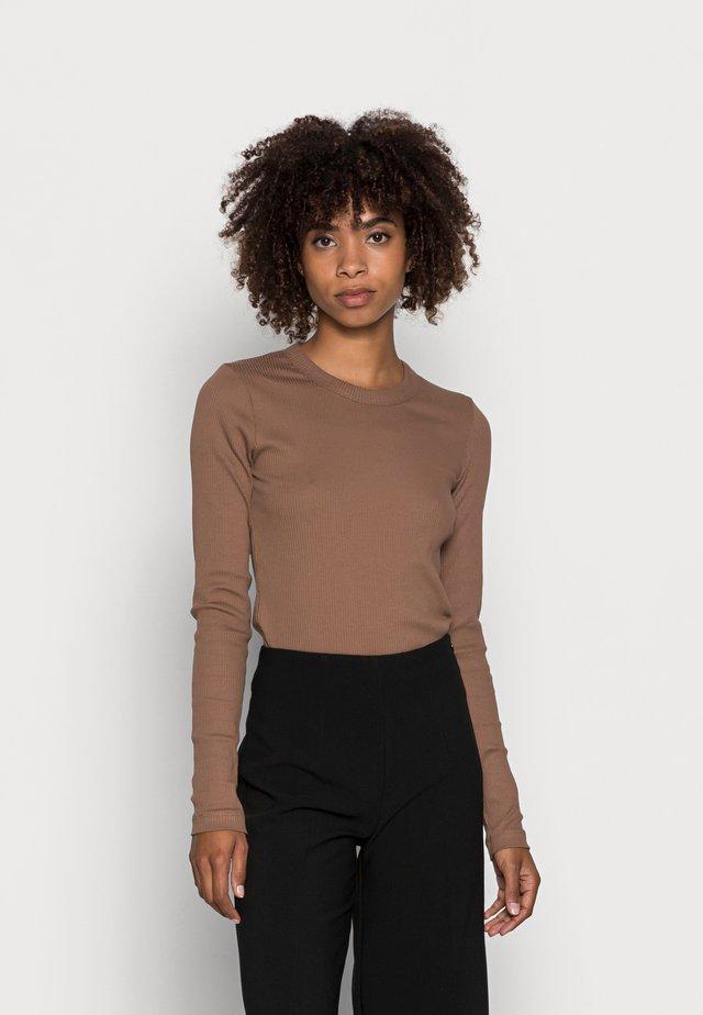 DAGNA - Long sleeved top - camel