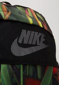 Nike Sportswear - Batoh - black/red/white - 2