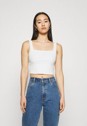 BUILT UP CROP DYE - Top - white