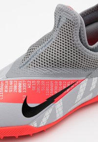 Nike Performance - PHANTOM VISION 2 ACADEMY TF - Astro turf trainers - metallic bomber grey/black/particle grey - 5