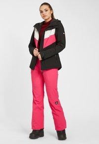 O'Neill - APLITE - Snowboard jacket - black out - 1