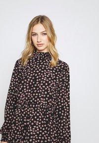 Pieces - PCDALLAH DRESS - Shirt dress - black / light pink - 5