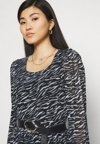 Freequent - Day dress - black mix - 4
