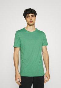 Pier One - 5 PACK - T-shirt basic - green/grey/yellow - 1