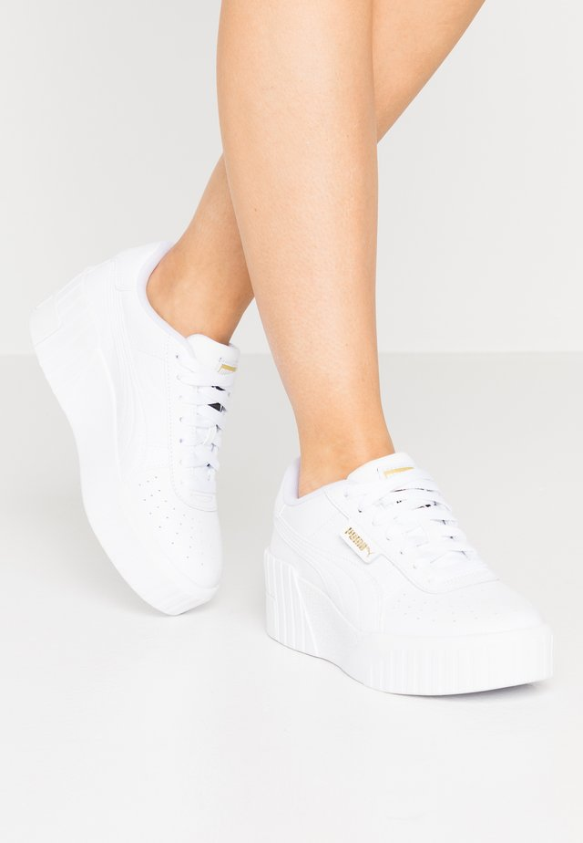 CALI WEDGE  - Matalavartiset tennarit - white