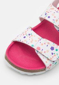 Kickers - SUMMERKRO - Sandals - blanc - 5