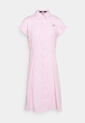 PINSTRIPE POPLIN SHIRT DRESS - Robe chemise - pink