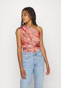 Never Fully Dressed - MULTI USE LEO JASPRE SKIRT - Pencil skirt - orange - 3