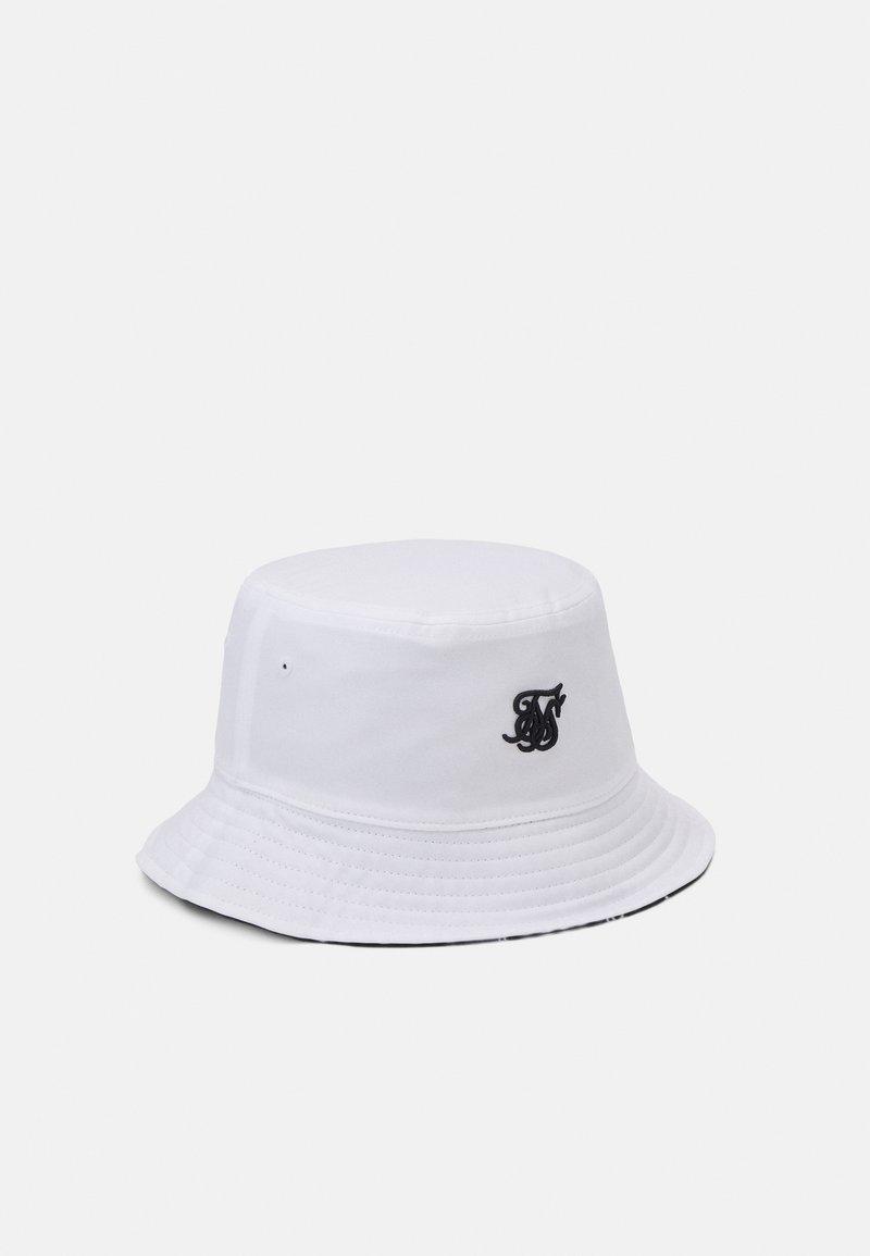 SIKSILK - BUCKET HAT UNISEX - Čepice - white/black