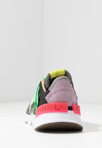 Sorel - KINETIC LITE STRAP - Sneakers laag - coal - 5