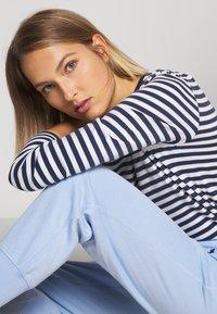 Polo Ralph Lauren - FEATHERWEIGHT - Pantalon de survêtement - elite blue - 3