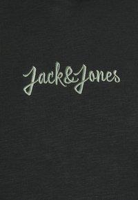 Jack & Jones - JORSTOCKHOLM HOOD - Hoodie - tap shoe - 2