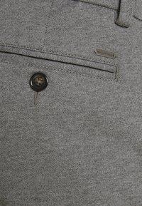 TOM TAILOR - JOSH  - Shorts - grey melange pique - 3