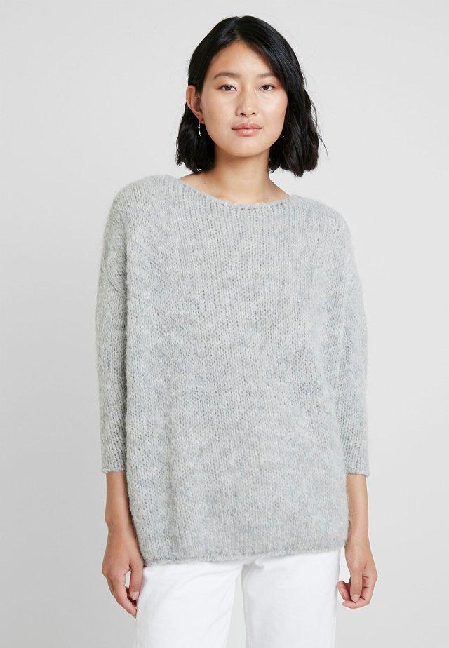 BOOLDER - Strickpullover - light grey