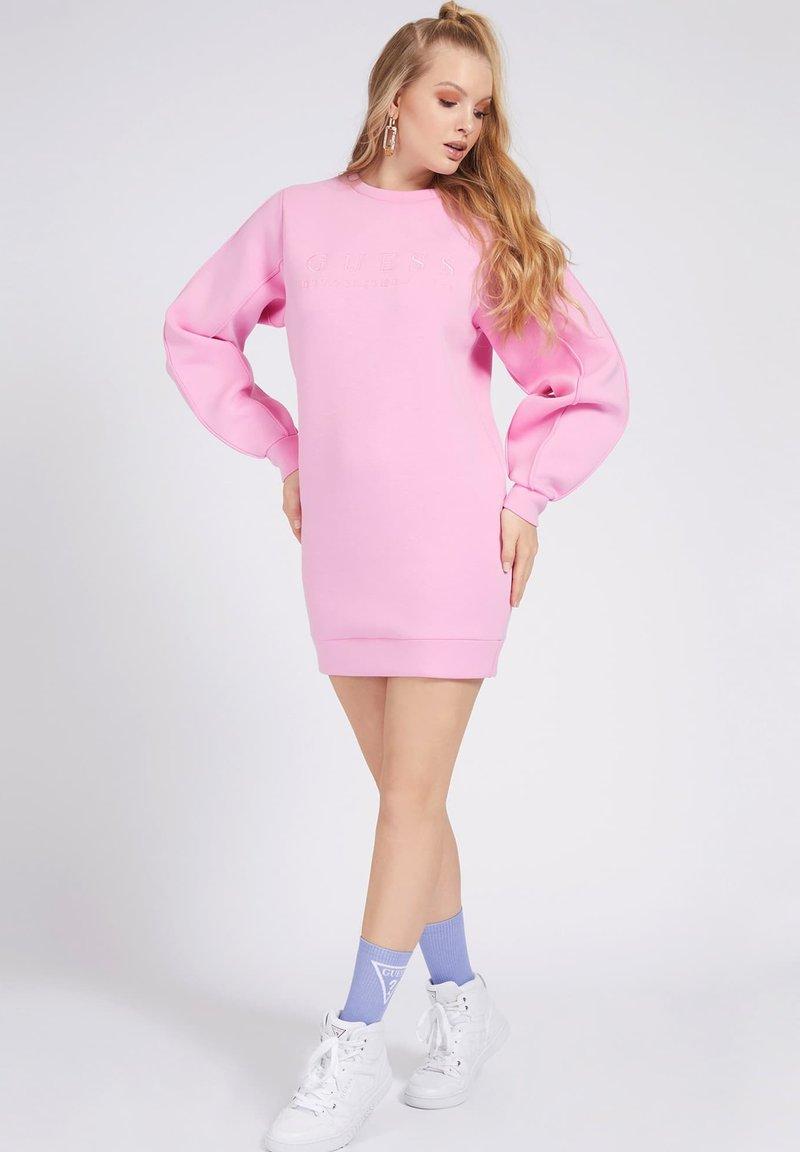 Guess - LOGO VORN - Day dress - rose