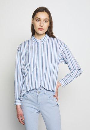 BLOUSE MODERN SHAPE - Button-down blouse - blue
