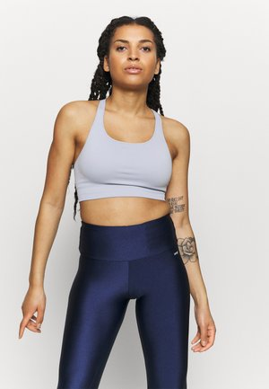 CUT OUT BACK SEAMLESS SPORTS BRA - Light support sports bra - light blue