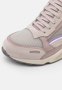 sandro - BASKET - Sneakersy niskie - multicolor/rose - 6