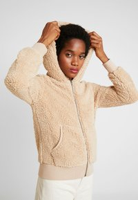 ONLY - ONYCAROLINE - Fleece jacket - beige - 4