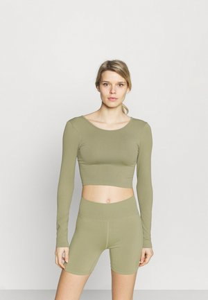 LIFESTYLE SEAMLESS OPEN BACK LONG SLEEVE  - Bluzka z długim rękawem - oregano