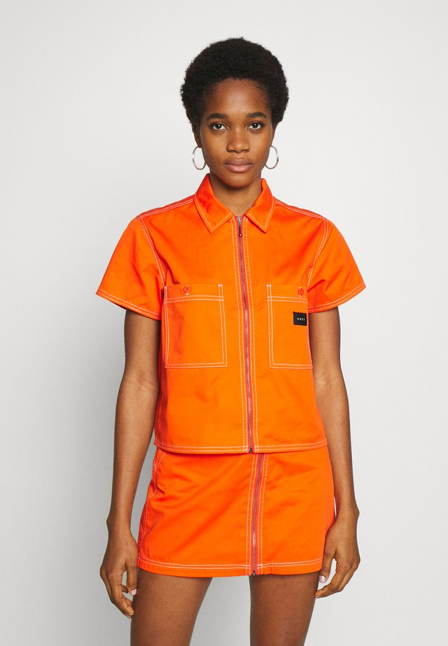 BAILEY WORK - Košile - flame orange