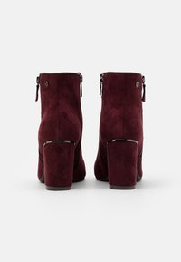 XTI - Ankle boots - burgundy - 3