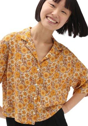 WM TRIPPY FLORAL WOVEN TOP - Skjorta - trippy floral