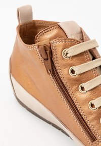 Candice Cooper - MID - Sneakers high - brunette/sabbia - 2