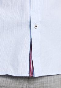 Jack & Jones - JETAPE DETAIL SLIM FIT - Overhemd - blue - 4