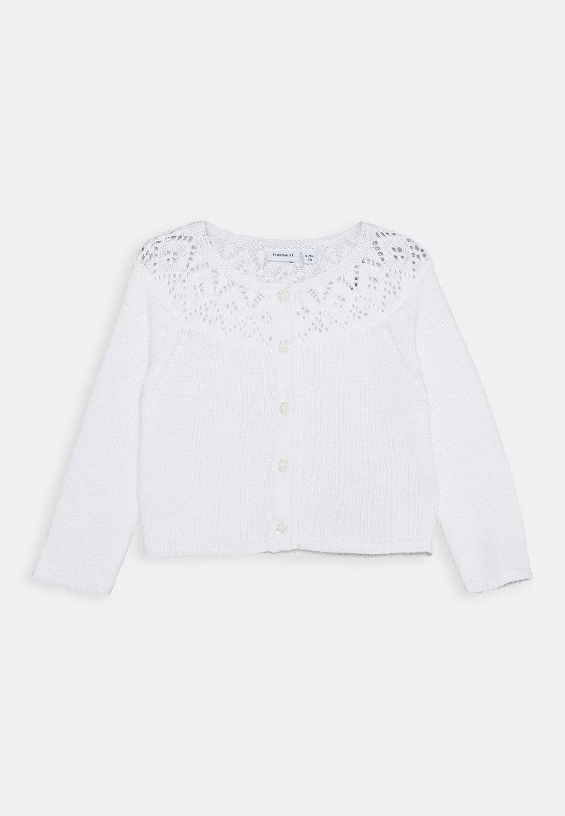 Name it - NBFNITIDA SHORT CARDIGAN BABY - Kardigan - bright white