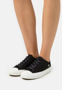 Lacoste - TOP SKILL  - Trainers - black/offwhite - 0