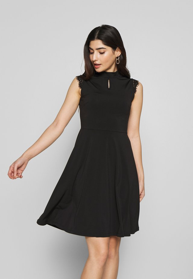 DRESS KEYHOLE DETAIL - Jersey dress - black