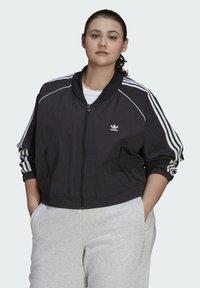 adidas Originals - SHORT TT - Training jacket - black - 0