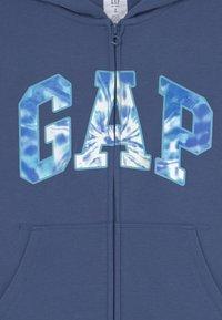 GAP - BOYS LOGO - Sweater met rits - chrome blue - 2