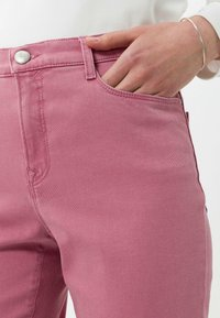 BRAX - STYLE MARY - Slim fit jeans - magnolia - 3